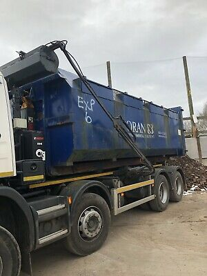 30 Yard Roll On Off Skip  Enclosed  Hookloader Hooklift Cablelift (Choice Of 2)
