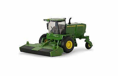 NEW JOHN DEERE W260 Windrower w/500R Head, Collector Card Included 1/64  (53306)