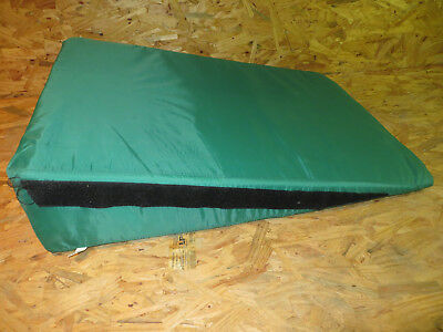Large Special Needs Positioning Wedge 8 Inch Elevation 33 x 24