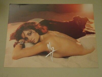 Penelope Cruz Rare In Person Hand Signed Sexy In The Sand 10x8 Photo With COA #4
