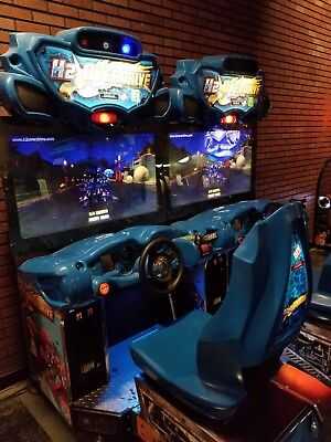 One Raw Thrills H2o Overdrive Arcade Water Racing Game Coin Op & Bill Acceptor