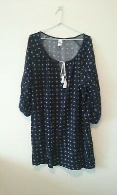 Ladies plus sized navy blue & white night gown (BRAND NEW) size 18 - 20