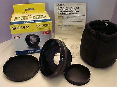 Sony 'Cyber Shot' Vcl-Dh0758 Wide Conversion X0.7 Lens W/Caps