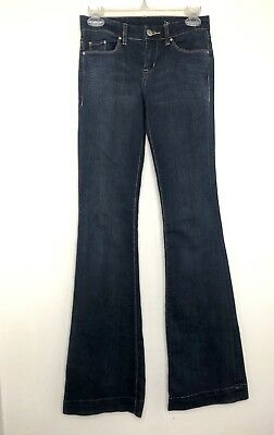 Blank NYC The Shoplifter Flare Light wash Regular Rise Jeans Size 27 28 $88 NYC4