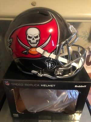 15c974d4 TAMPA BAY BUCCANEERS Riddell Revolution Full Size Football Helmet ...