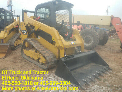 2015 CAT 259D skid steer with trailer and attachments