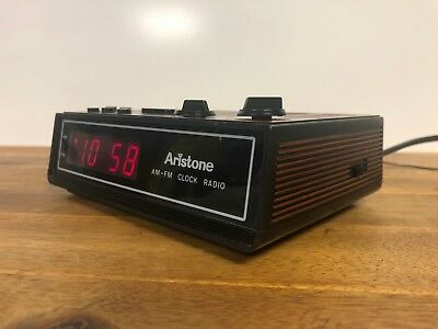 Vintage Aristone AM - FM Clock Radio Made In Hong Kong