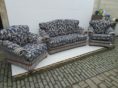 3 Piece Suite - Royal Blue - Nice Pattern - Machine Washed