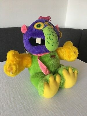 ZUGLY Marchon 1986 VINTAGE HUG a MONSTER
