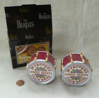~ vintage VANDOR ~ BEATLES ~ SGT PEPPERS LONELY HEARTS CLUB BAND S & P SET MINT