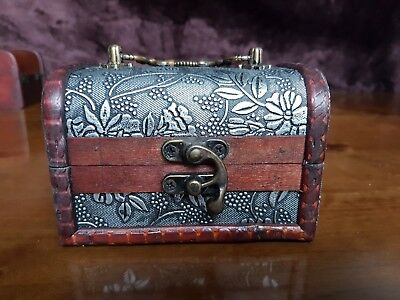 Rustic Wooden Colonial Style Trunk Treasure Chest Vintage Floral Storage Box