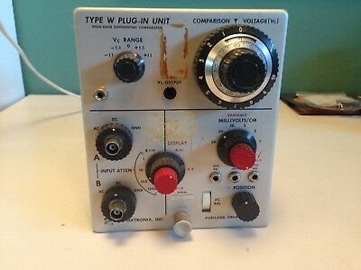 """Tektronix Type """"W"""" High-Gain Differential Comparator Plug-In Unit"""