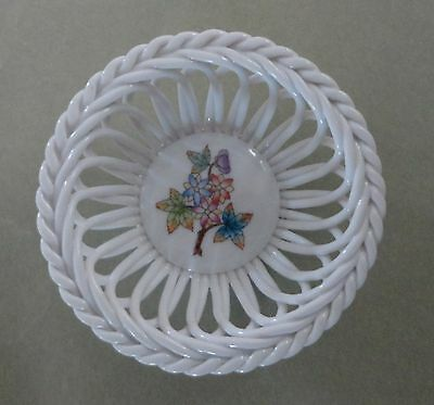 HEREND China VBO QUEEN VICTORIA GREEN Vintage Porcelain PEONY FRUIT Berry BASKET