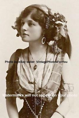 Vintage/Early/Old 1800s-1900s Beautiful/Sexy Gypsy Woman/Fortune Teller Photo