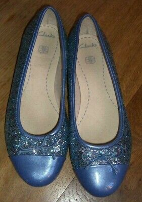 085c6a85eea GIRLS CLARKS PARTY Shoes Dance Idol - £19.99