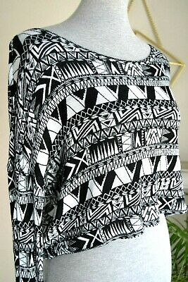 61bff114aff H&M Divided Black White Aztec Print Long Sleeve Open Back Crop Top SIZE M