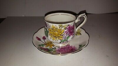 Royal Albert Teacup & Saucer Chrysanthemum Flower of the Month Series No. 11