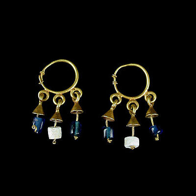 Pair of Byzantine gold earrings. x8780