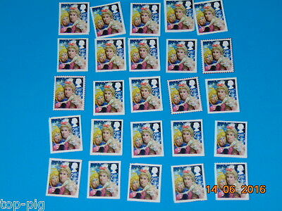 25 G/B Unfranked 2rd Class stamps on close cut piece