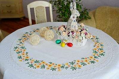 Linen Embroidered Tablecloth With Cotton Lace, White
