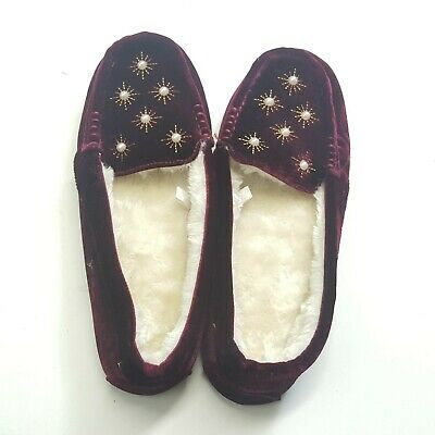 9fa6d5ab64868 Target Brand Women's Faux Fur Slippers loafers Burgundy beaded Sz 10 New  Cozy