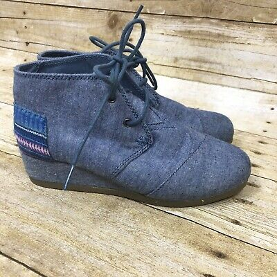 771c6868b08 TOMS Desert Wedge Girls Youth 3 Chambray Denim Blue Lace Up Booties Ankle  Boots