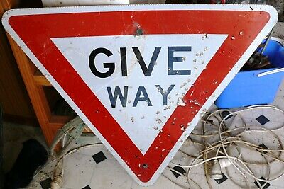OLD TRAFFIC ROAD Give Way SIGN   suit man cave