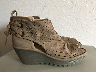 9271a95227 WOMENS FLY LONDON Peep Toe Wedge Shoes, Size 8.5, Leather Tan Upper ...