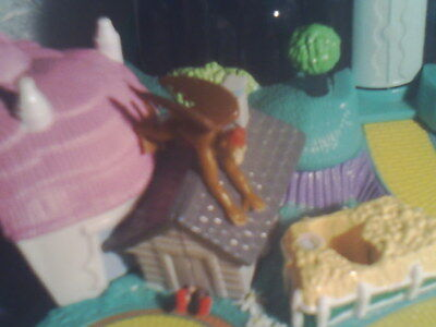 The WIZARD OF OZ POLLY POCKET PLAYSET DOLL FIGURE FLYING MONKEYS LAND OF OZ RARE