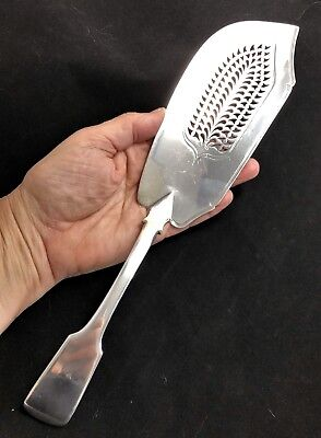 Antique Solid Sterling Silver Fish Knife Server 200 Years Old! No Mono  5.2 oz.
