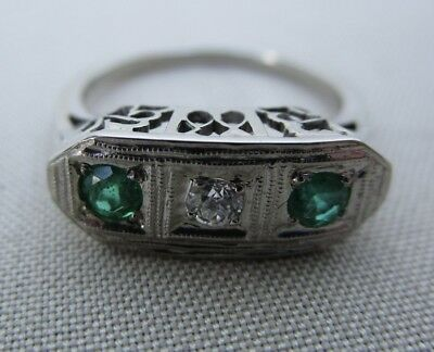 Estate Solid 20K White Gold Antique 3 Stone Emerald Diamond Filigree Ladies Ring