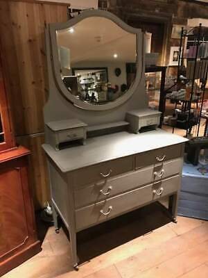 Old Vintage Dressing Table in Annie Sloan 'French Linen'