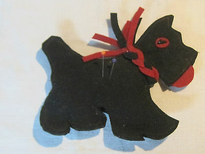 Vintage sewn felt Scottish Terrier Scottie dog pin cushion dog