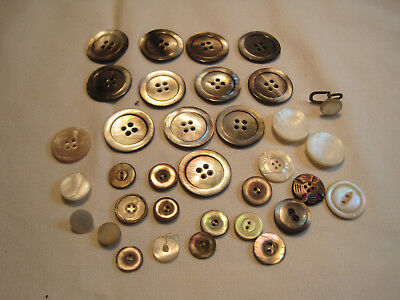 Mixed lot of mother of pearl MOP buttons in various sizes, antique vintage