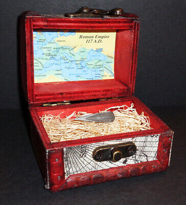 Ancient Roman Empire Bronze Arrowhead with Display Chest! From 100 - 300 A.D.