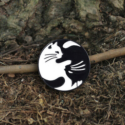Fashion White Black Cat Fashion Enamel Pin Badge Brooch Metal Pins G