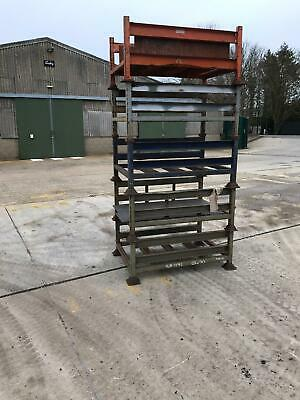 Stackable Stillages/racking