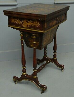 Early 19th Century Chinoiserie Red-Lacquered Games / Sewing Table