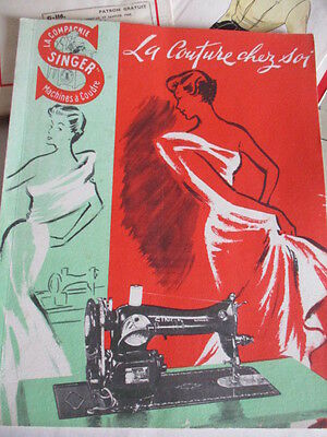 Vintage French Singer Sewing Book. 1951 Paperback, 66 pages. Excellent condition