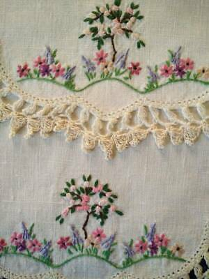2 x Beautiful Standard Rose & Cottage Garden   Vintage Hand Embroidered Doilies