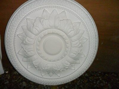New Paster Ceiling Rose By Sovereign (Plus Fittings)