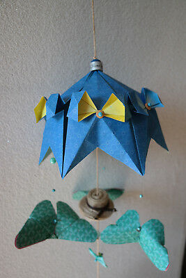 Mobile Decoration Manege  Artisan Suspension Piece Unique Bebe Cadeau  Original