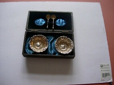 Vintage Silver Plated Salts Cellars And Spoons In Presentation Box