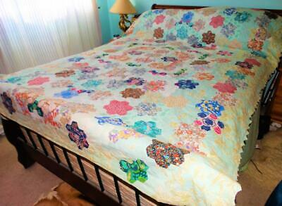 LARGE VINTAGE HAND MADE PATCHWORK QUILT,242cm x 173cm,GOOD CONDITION,COLLECTIBLE