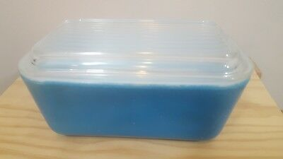 Vintage PYREX Primary Colors Blue Refrigerator Dish #502-B 1 1/2 Pint Ribbed Lid