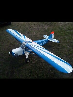 Piper J3 Cup mit DLE 20  ca 2,10 m