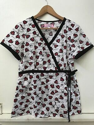 511b92f8947 KOI Womens SCRUB TOP Size S Love HEARTS Valentine Short Sleeve Red White  Black