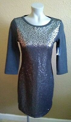 Old Navy XS Christmas holiday dress with embellish panel grey color