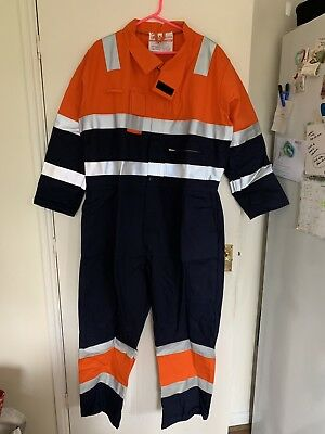 AntiStatic Hi Vis Coverall Boiler Suit Size Large. BNWT