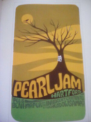 Pearl Jam Hartford Connecticut 1998 Tour Poster 26x16cm from Book to Frame?